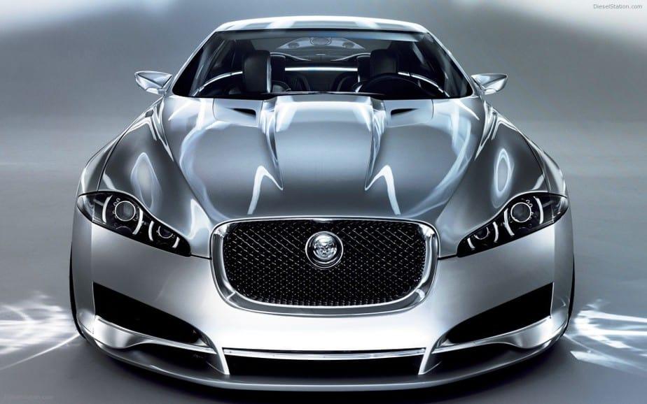 Jaguar renueva su flota con un modelo eléctrico