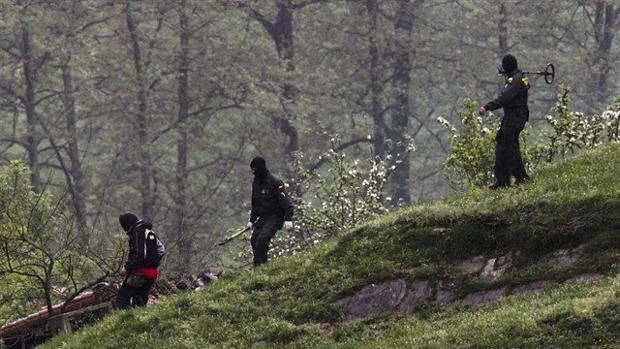 Descubierto un zulo de ETA con explosivos en un bosque francés