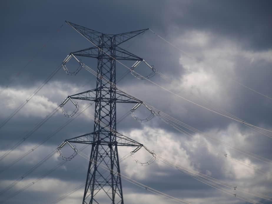 El Salvador tiene más eficiencia energética en la región