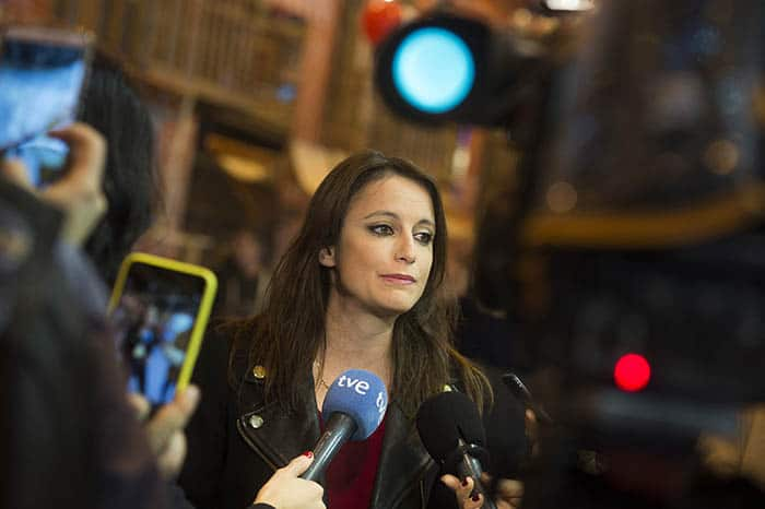 Andrea Levy, del PP, pide a Arrimadas que intente ser investida presidenta.