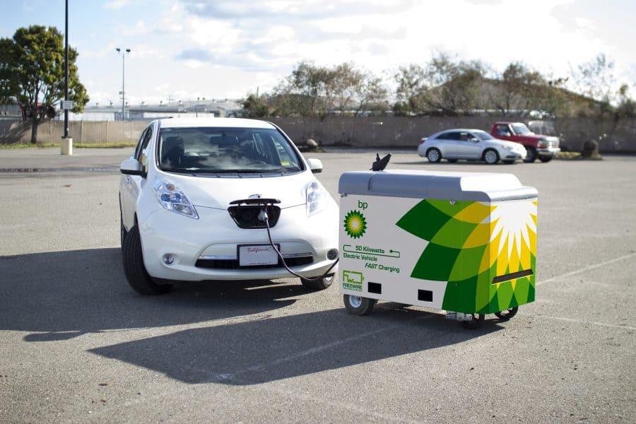 Carga rápida para vehículos eléctricos. BP impulsa un sistema portátil de carga rápida para vehículos eléctricos
