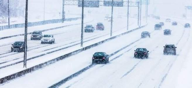 Carreteras españolas. Más de 300 carreteras españolas permanecen cortadas por la nieve