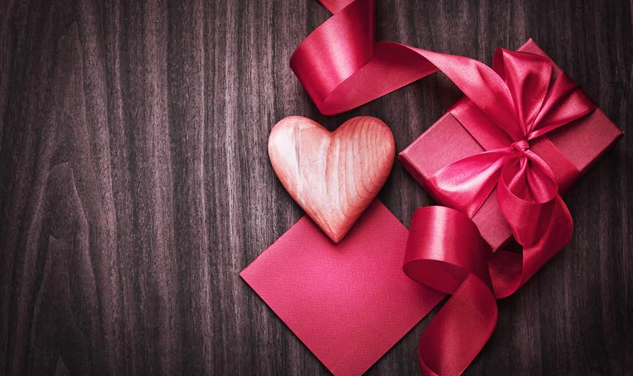 Día de los enamorados: obsequios especiales para ella.