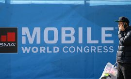 El Gobierno critica la actitud de Torrent y Colau en el Mobile World Congress.