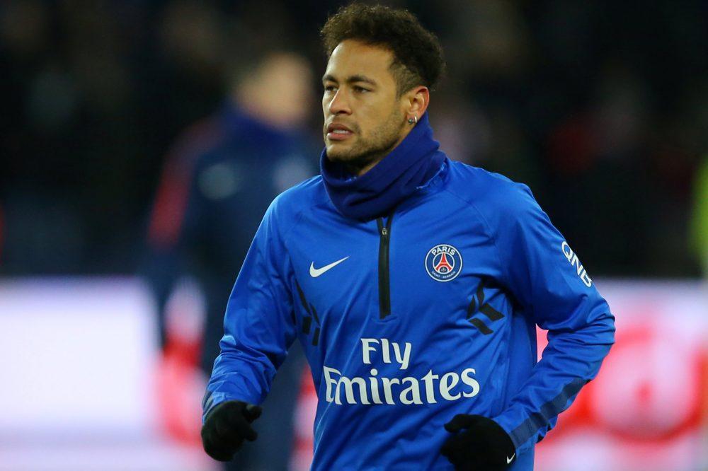 "Neymar regresará a París ""en dos o tres semanas""."