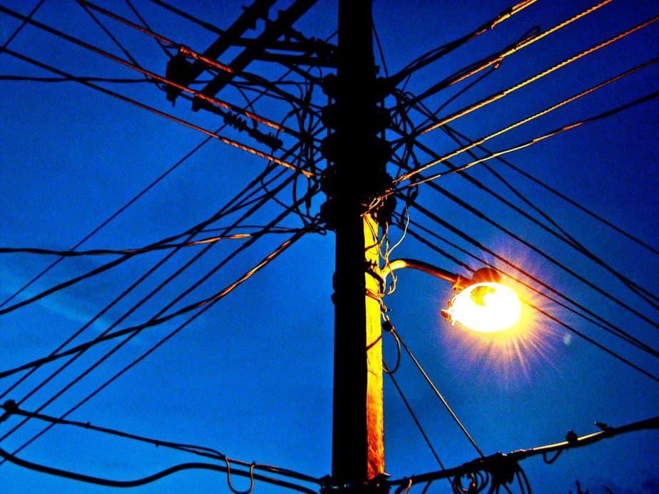 Soluciones a la crisis eléctrica de Puerto Rico