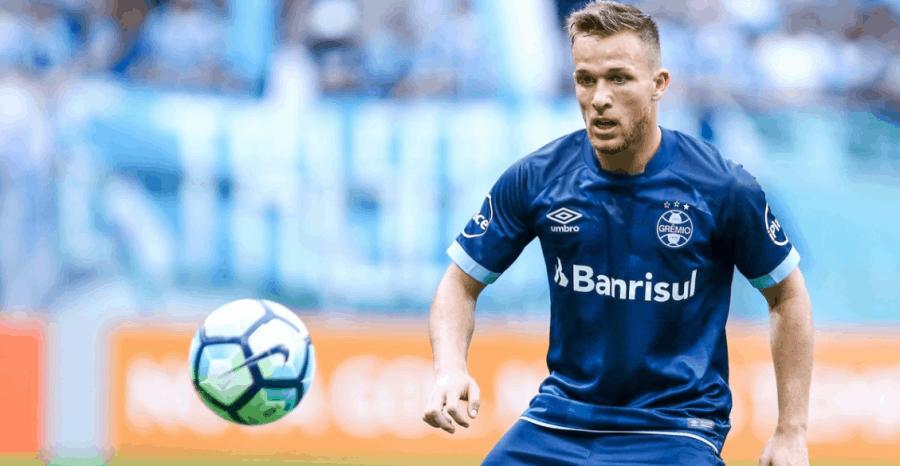 El-Barcelona-anunció-acuerdo-para-fichar-a-Arthur
