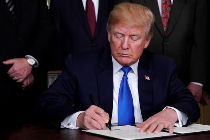Por qué Trump pone aranceles a China: razones y consecuencias