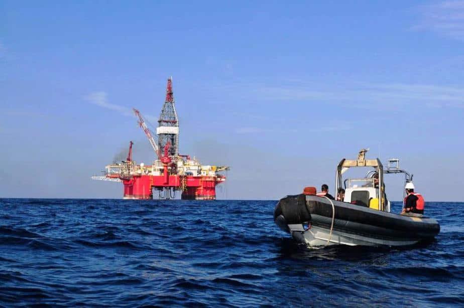 Descubren pozo de petróleo en Guyana