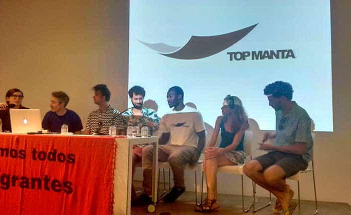 Manteros de Barcelona buscan fondos para Top Manta