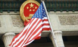 """China anuncia """"la mayor guerra comercial de la historia"""" con EEUU"""