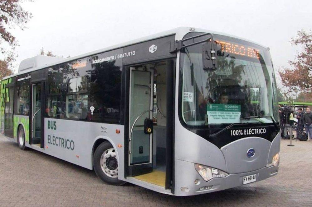 Autobuses eléctricos en Chile arroparan la ciudad