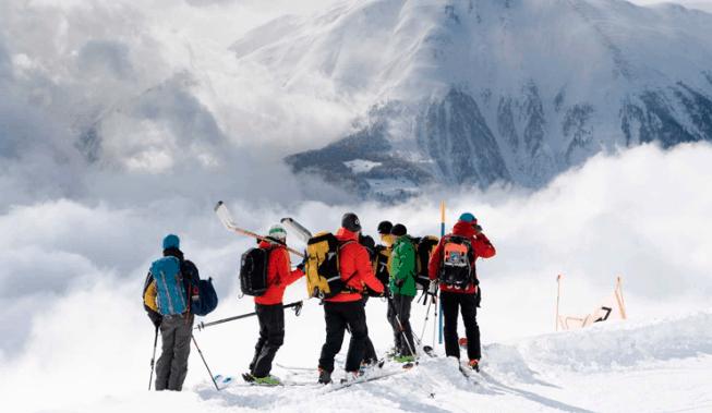 Avalancha de nieve. Mueren tres españoles en un accidente en los Alpes suizos