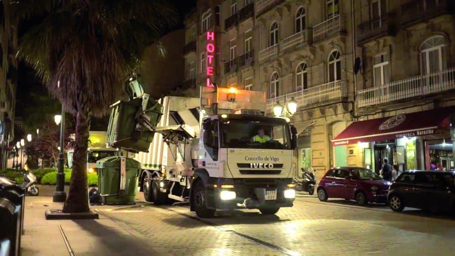 Ayuntamiento de Vigo. FCC hará de Vigo la primera ciudad española en limpieza selectiva