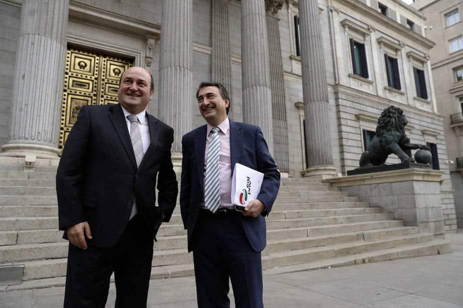 "Acuerdo PP-PNV | Gorka Landaburu: ""El PNV salva a Rajoy"""