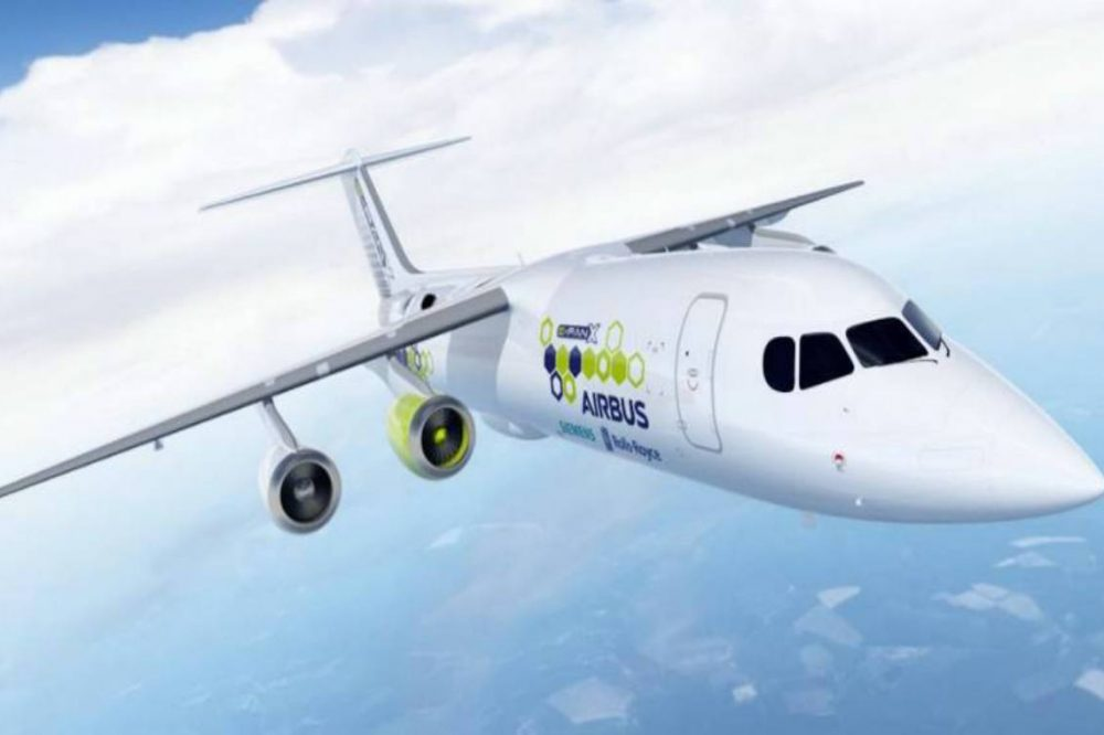 Primeros aviones eléctricos podrían volar en 2028 dicen expertos en la ILA