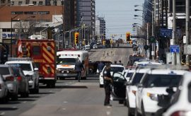 Atropello en Toronto: embisten a una decena de peatones y dos mueren