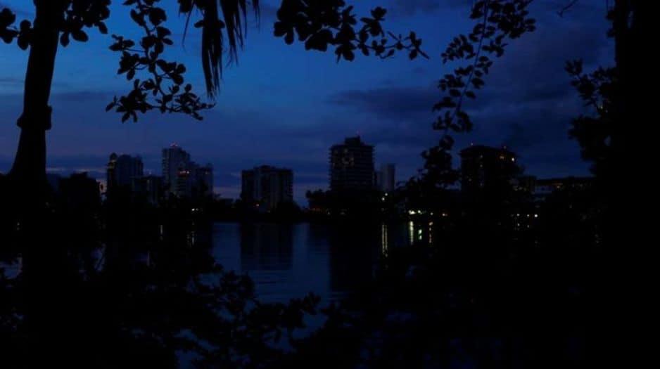 Falla de nuevo el sistema eléctrico de Puerto Rico
