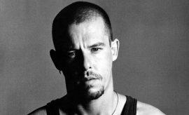 Documentan sobre Alexander McQueen se presenta en Nueva York