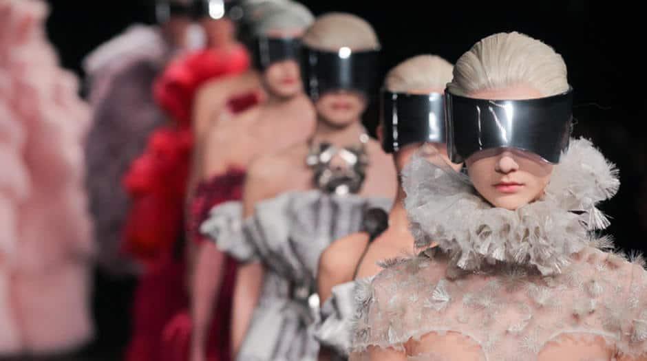 Documentan sobre Alexander McQueen se presenta en Nueva