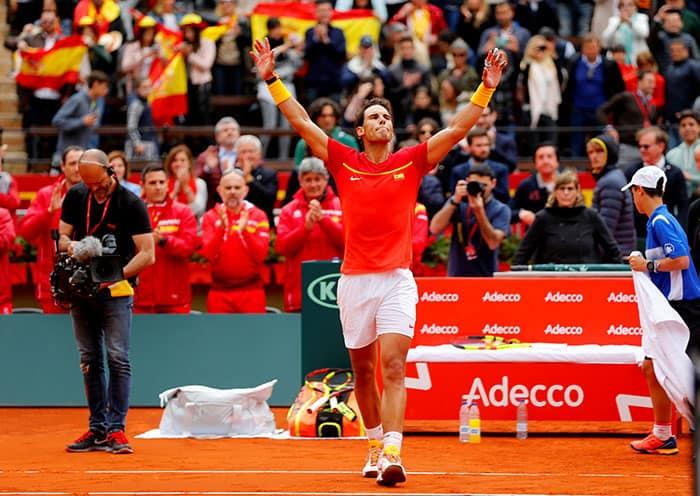 Nadal celebró su regreso a la Copa Davis con victoria