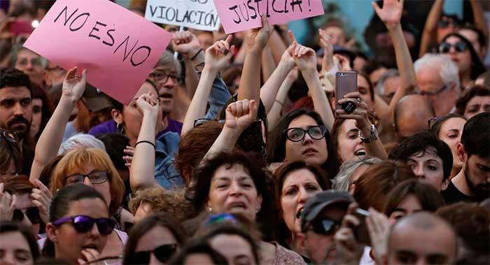 A la comisión sobre delitos sexuales le faltan mujeres
