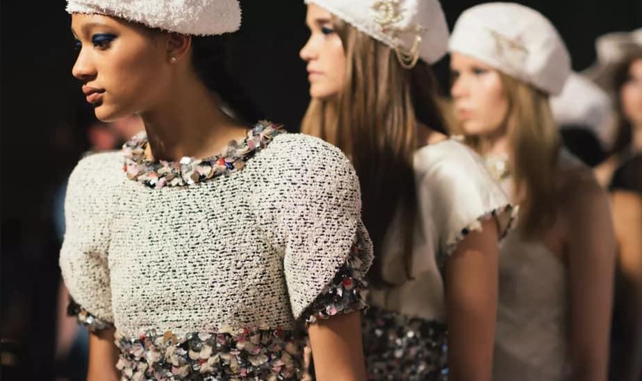 Colección Crucero 2018 de Chanel: embarcarse en el glamour