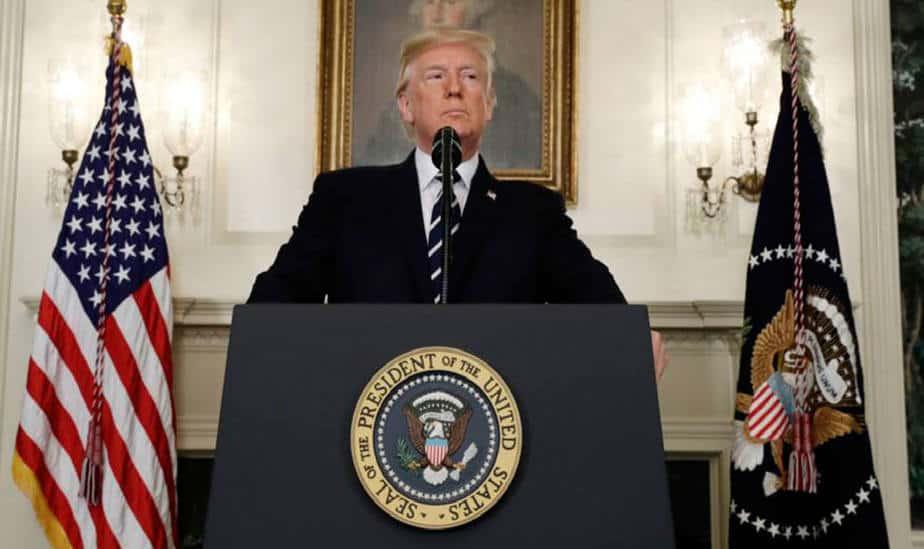 Donald Trump anunció el retiro de EEUU del acuerdo nuclear y las sanciones contra Irán