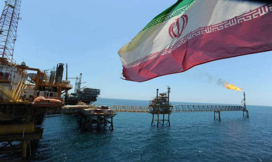 Irán rechaza precios altos del petróleo y la politización del mercado