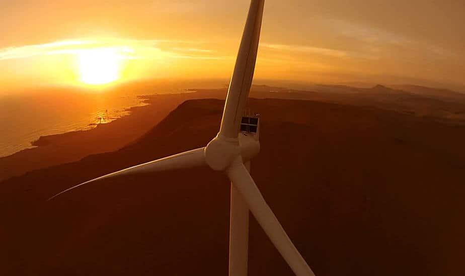 Facebook compra energía del mayor parque eólico noruego por 15 años