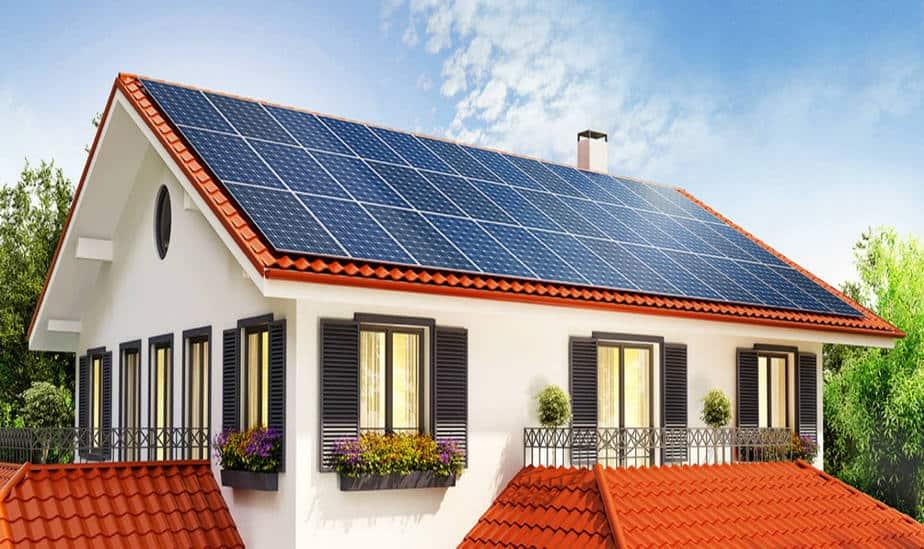 Ley en California obliga a que nuevas casas se construyan con paneles solares