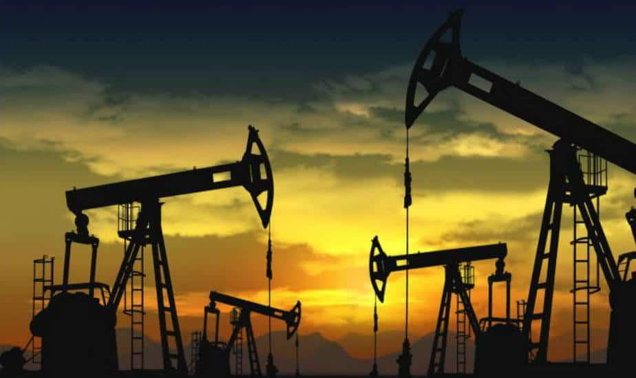 El petróleo remonta la cuesta de los 80 dólares tras elecciones en Venezuela