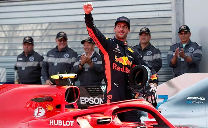 Motoracing - Formula One F1 - Monaco Grand Prix - Circuit de Monaco, Monte Carlo, Monaco - May 26, 2018   Red Bull's Daniel Ricciardo celebrates qualifying in pole position   REUTERS/Benoit Tessier