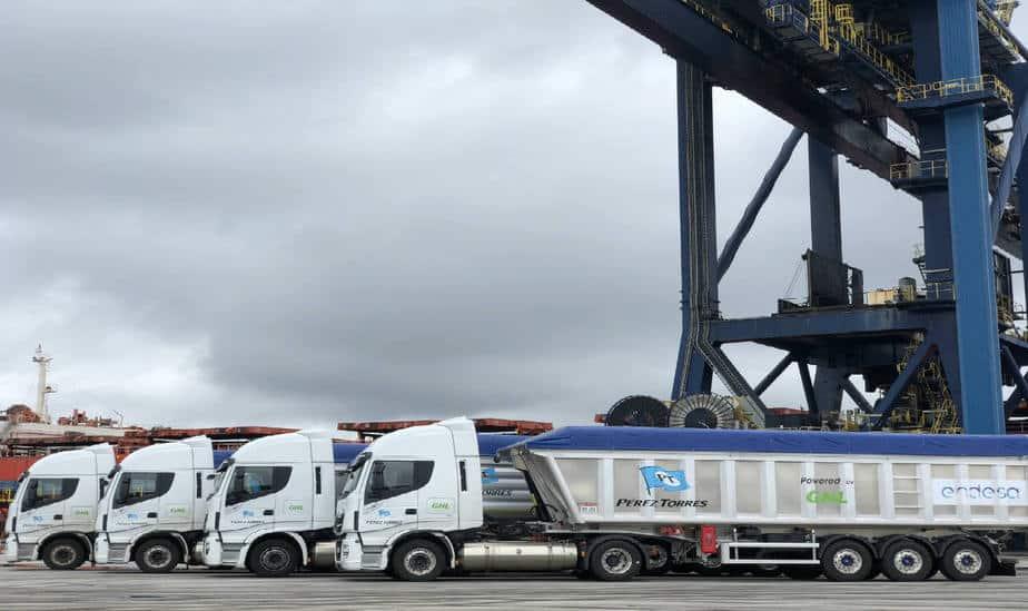 Endesa incorpora los tres primeros camiones a GNL de gran potencia de Europa