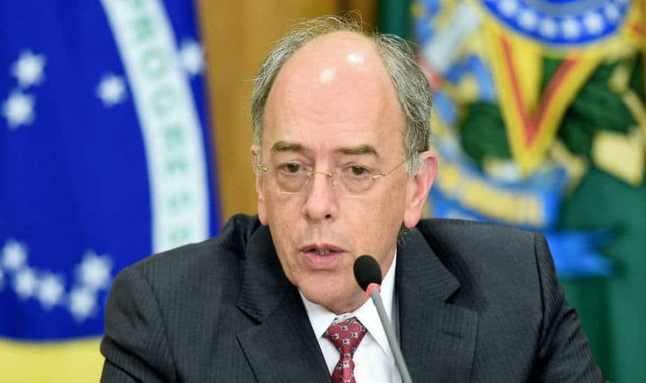 CEO de Petrobras renuncia a su cargo presionado tras huelga de camioneros