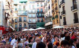 Concentración en Pamplona por la libertad a La Manada
