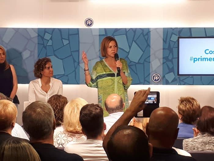 Cospedal inició su campaña en Barcelona