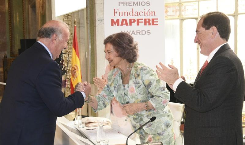 Fundación MAPFRE premió el compromiso solidario de Vicente del Bosque