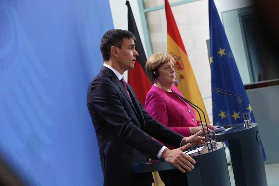 Merkel defiende más ayudas a España con la inmigración