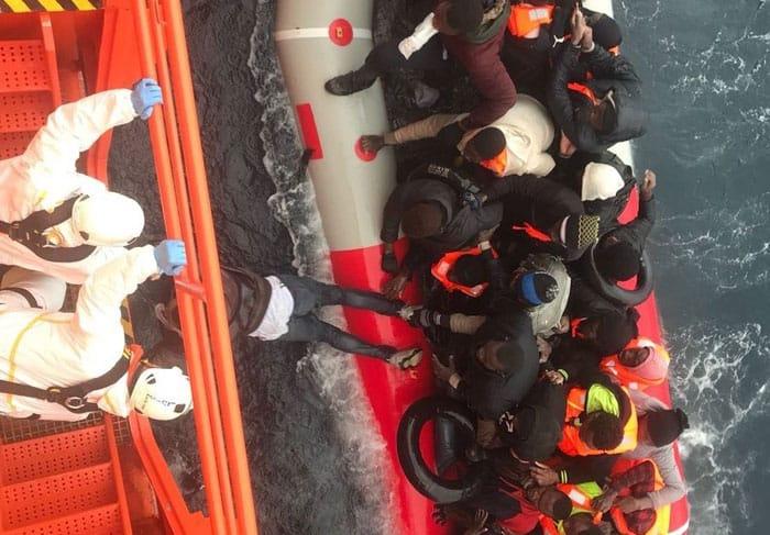 Más de 1500 migrantes rescatados por España en el mar en tres días
