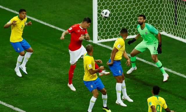 Mundial 2018 Brasil Suiza Zuber