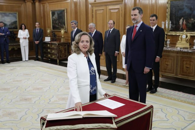 Nuevos ministros: Nadia Calviño