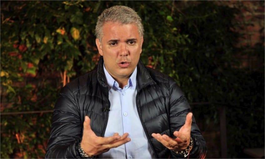 Duque no reconoce al Gobierno de Maduro