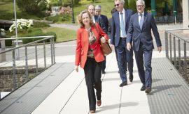 Nadia Calviño defendió el presupuesto de España