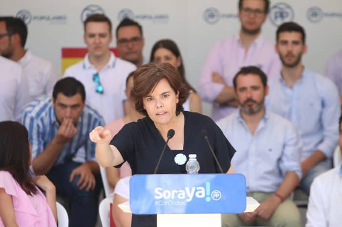 Sáenz de Santamaría comenzó su campaña en Málaga