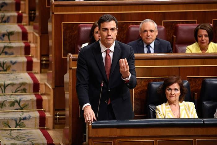 Sánchez responderá sobre los pactos con separatistas en el Congreso