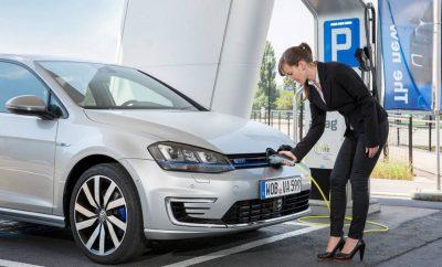 India prevé que 7 por ciento de los coches sea híbrido o eléctrico en 2030