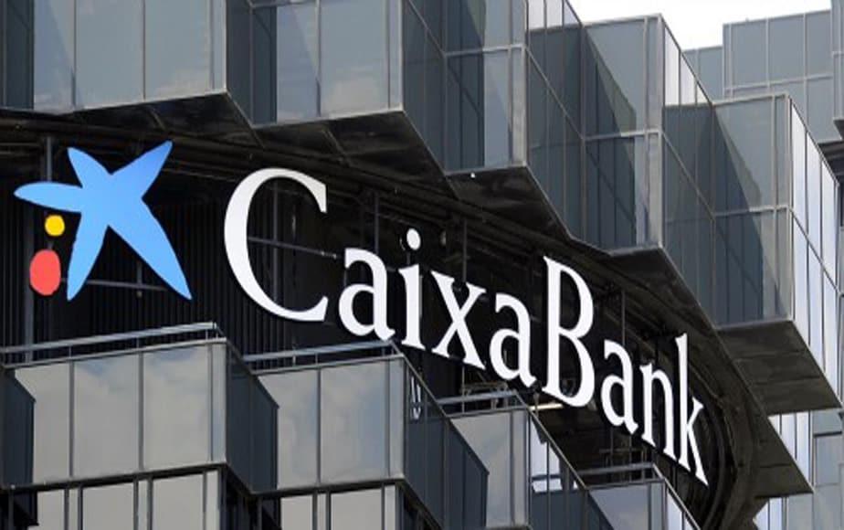 Balance semestral de CaixaBank reporta aumento del beneficio atribuido