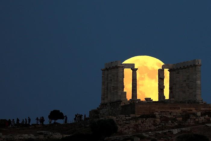 Eclipse lunar en grecia
