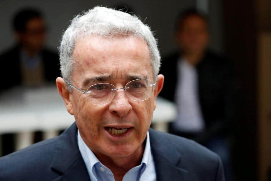 Uribe: La presión política se impone en la investigación en mi contra